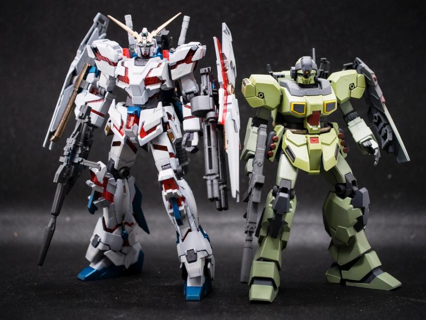 Bandai 1/144 HG RX-0 Unicorn Gundam (Destroy Mode)