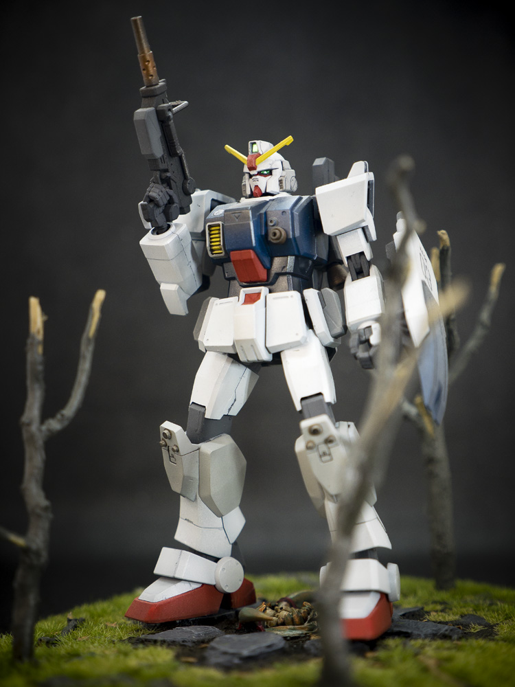 Bandai 1/144 HG RX-79[G] Gundam Ground Type