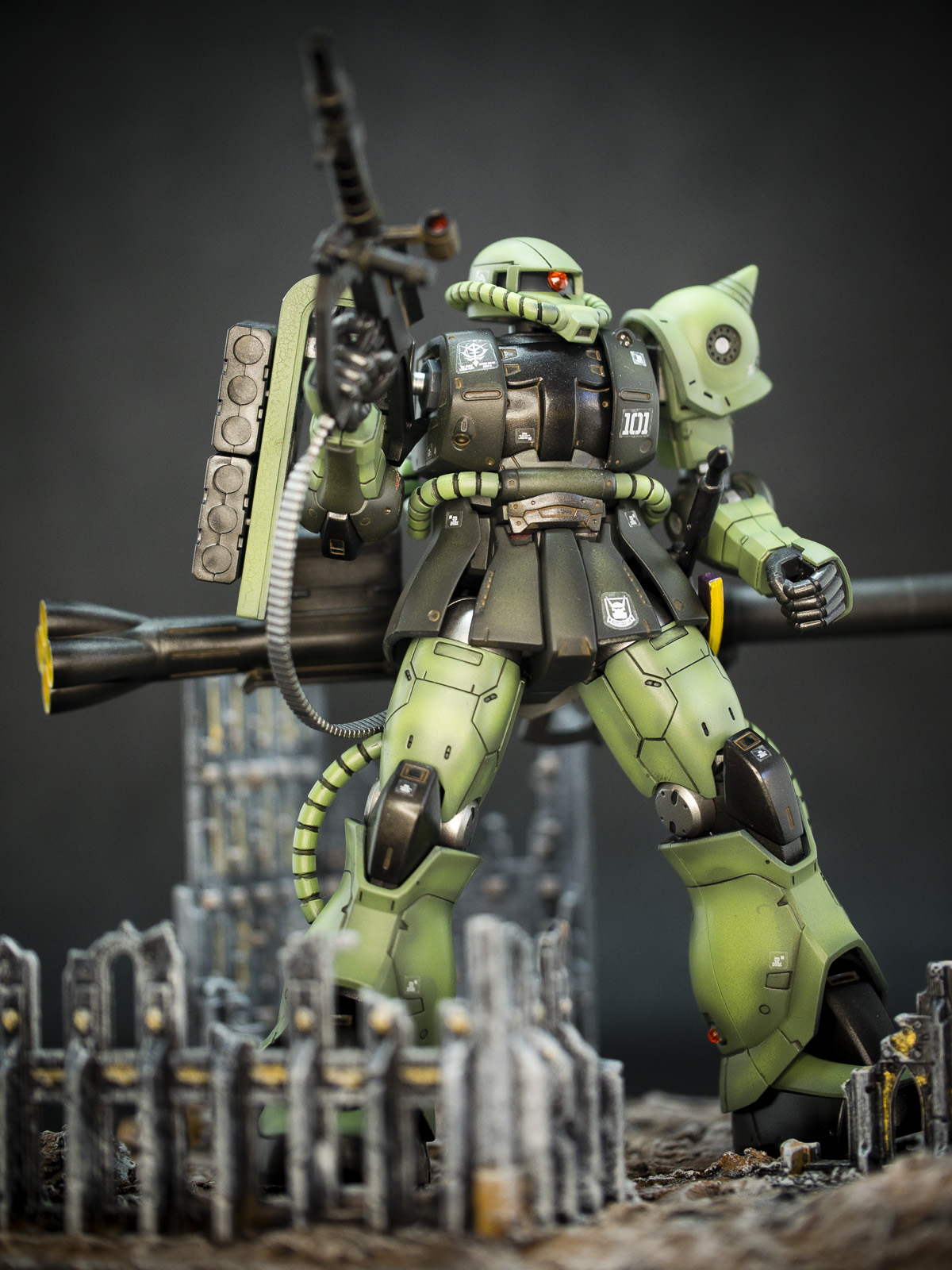 Bandai /1/44 HG MS-06C Zaku 2 Type C/C-5